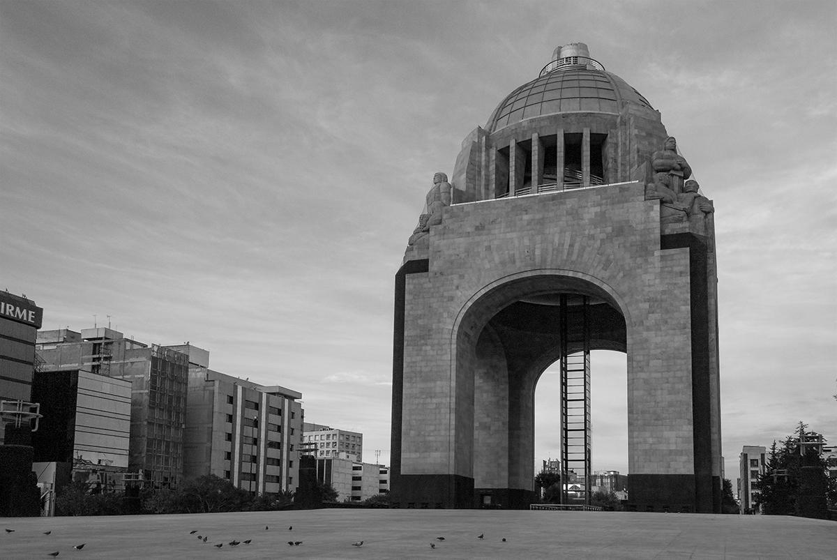 """""""Arquitectos de la Revolución"""" exposición en el MNR"""